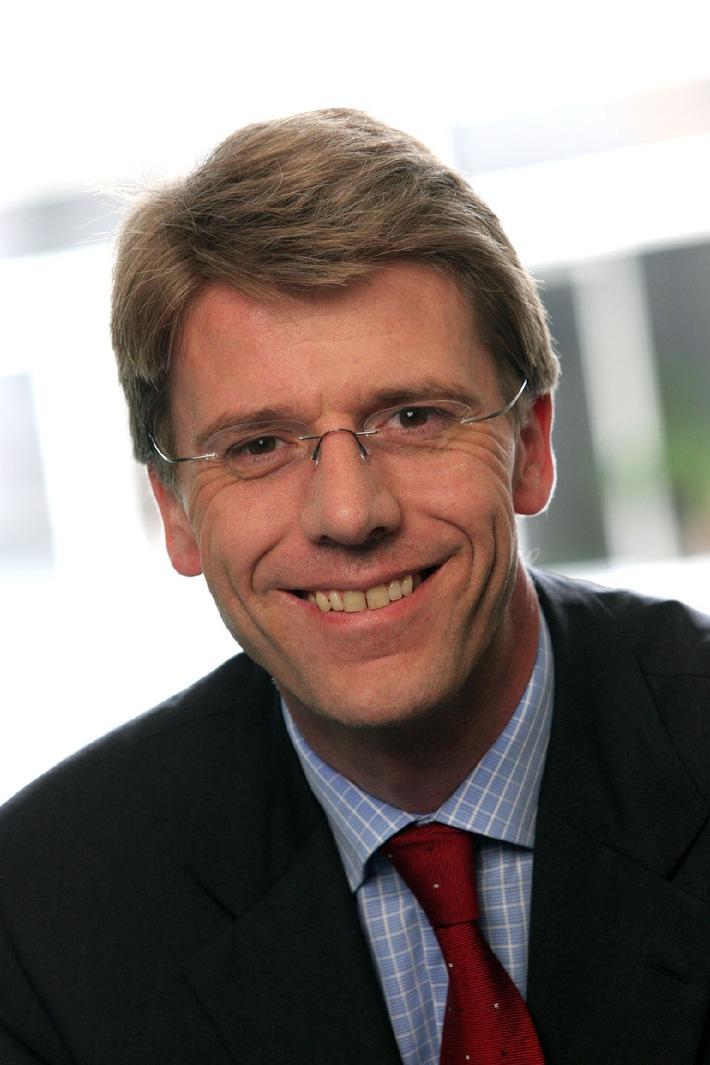 Nachfolgeplanung setzt auf Erfahrung - Wechsel in der Führung von PricewaterhouseCoopers Schweiz