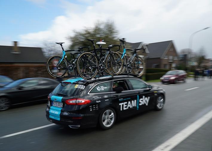 """""""Hölle des Nordens"""" - Ford Mondeo Turnier unterstützt Team Sky beim berüchtigten Radrennen Paris-Roubaix"""