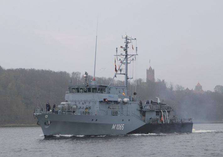 "Minenjagdboot ""Dillingen"" verlässt Kiel Richtung NATO-Einsatz"