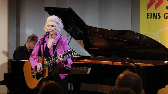 """Judy Collins in der """"Szene"""" / Amerikas Folk-Legende zu Gast bei SWR1 Rheinland-Pfalz"""