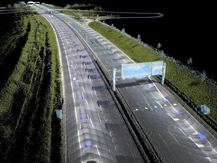 AUDI AG, BMW Group und Daimler AG schließen Übernahme des digitalen Kartengeschäfts HERE von Nokia erfolgreich ab