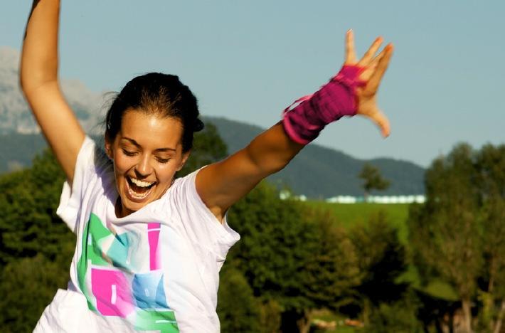 """Das erfolgreiche """"womensweekend"""" ®  -  zum dritten Mal in der Schweiz / Ein Wochenende nur für Frauen mit viel Sport, Entspannung und Party - vom 12. bis 14. September 2014 in der Lenzerheide"""