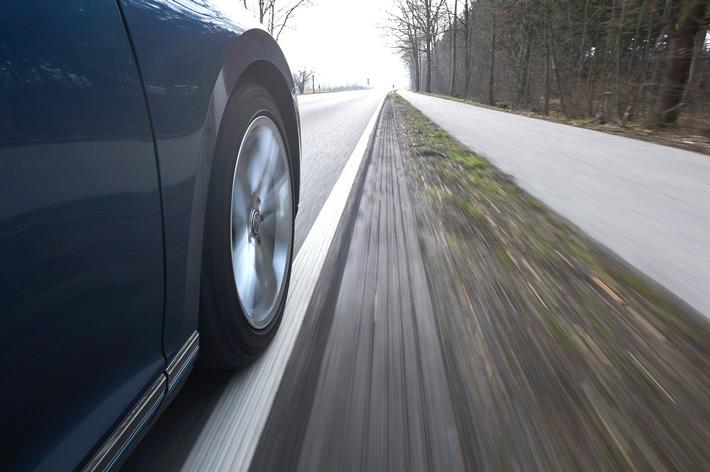 Fahrspurassistenten können Leben retten / ADAC: Systeme mit Spurkorrektur besonders wirkungsvoll