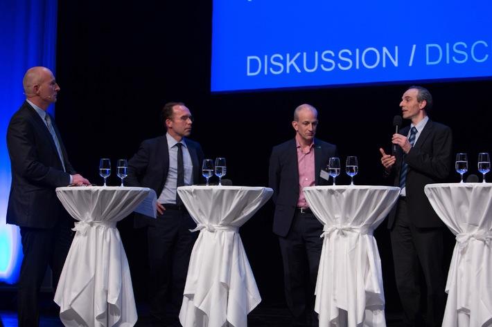 Digitalisierung verlangt Gesundheitskompetenz / Podiumsdiskussion zur Digitalisierung im Gesundheitswesen an den 11. Trendtagen Gesundheit Luzern