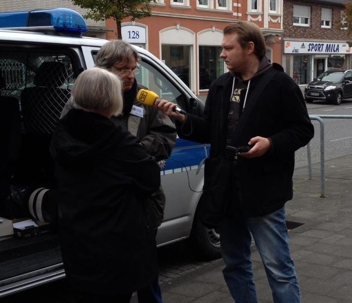"""POL-REK: Beratungsteam erhielt Besuch vom """"Radio"""" - Rhein-Erft-Kreis"""