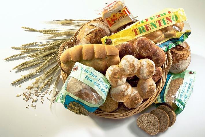La coccinella IP-SUISSE conquista il pane: Pane Migros prodotto a base di cereali coltivati nel rispetto della natura.