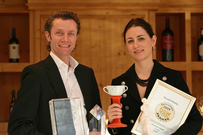 Tiroler Alpenresort Schwarz 2010 mit 5 hochkarätigen Preisen ausgezeichnet