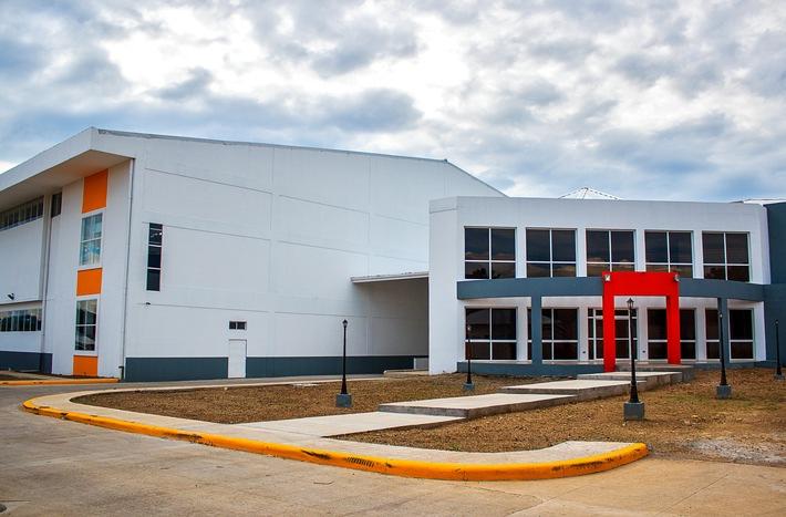 Die Oettinger Davidoff AG eröffnet neue Fabrik in Danlí, Honduras