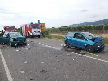 POL-PDNW: Verkehrsunfall mit zwei schwerverletzten Personen