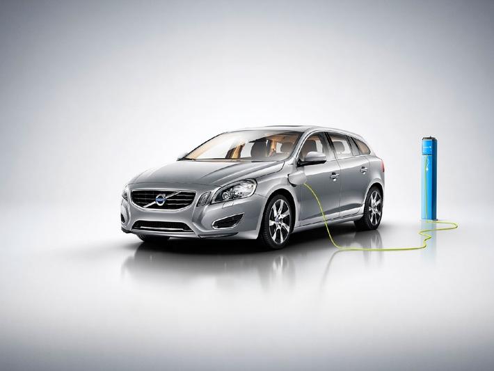 """""""Switch to Pure"""" Tour macht mit Volvo V60 Plug-in Hybrid im HB Zürich Halt"""