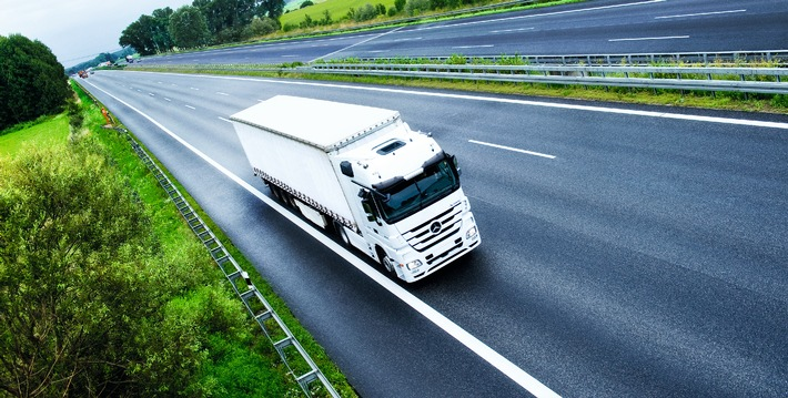 Mautbetreibervertrag mit Toll Collect bis 2018 verlängert