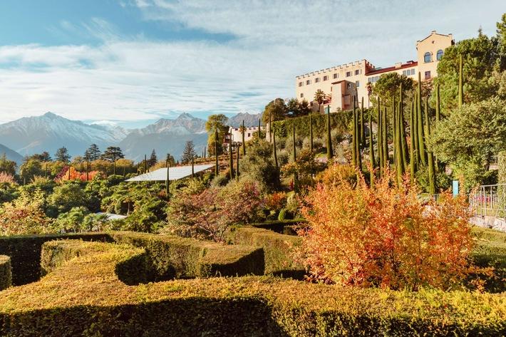 Goldener Herbst in den Gärten von Schloss Trauttmansdorff