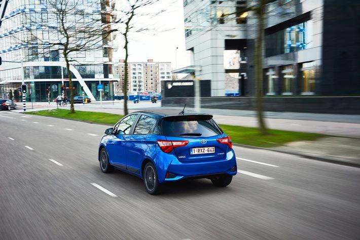 Toyota guadagna quote di mercato grazie all'ibrido - Le vendite nel primo semestre sono cresciute del 9 per cento