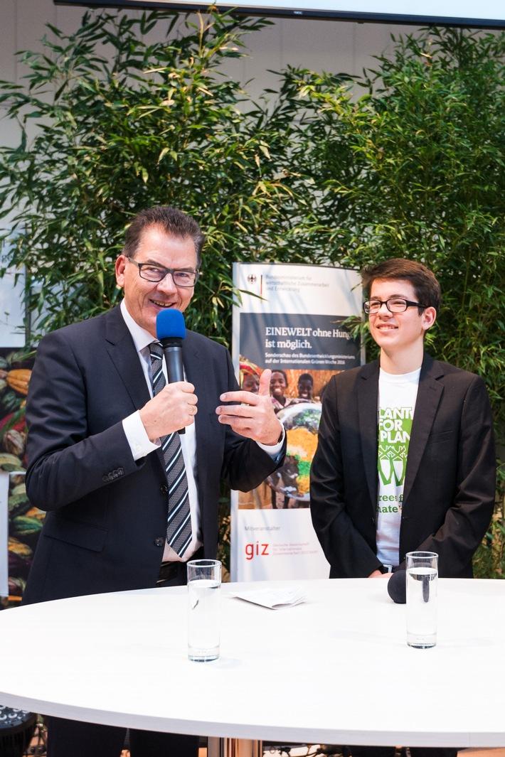 Grüne Woche 2016: Schüler initiierte Pflanzung von weltweit 14 Milliarden Bäumen