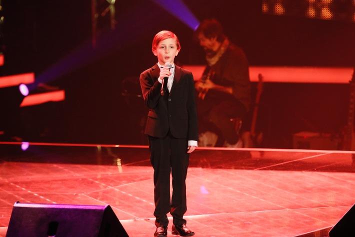 """Das jüngste """"The Voice Kids""""-Talent EVER! """"Max Rääbchen"""" verzaubert die Coaches in der zweiten Blind Audition"""