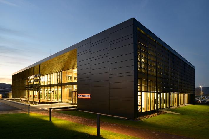 """Kommunikationszentrum """"Energy Campus"""" offiziell eröffnet / Ein Reallabor für die Energiewende"""