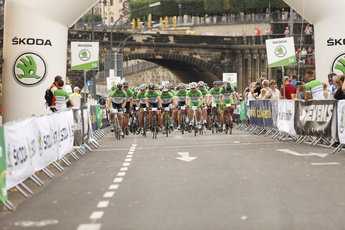 Radrennen vor historischer Kulisse: SKODA mobilisiert das Velorace Dresden