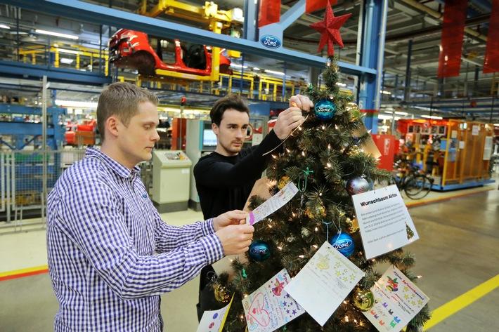Ford-Beschäftigte versüßen vielen Kindern das Weihnachtsfest