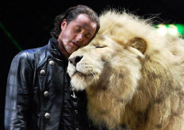 """Aktionsbündnis """"Tiere gehören zum Circus"""" empfiehlt Peta, die Kampagne """"Tyke 2014"""" in """"Fake 2014"""" umzubenennen!"""