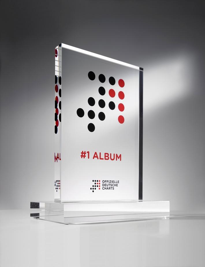 """Neue Auszeichnung für herausragende musikalische Erfolge: """"Nummer 1 Preis der Offiziellen Deutschen Charts"""" erstmals verliehen"""