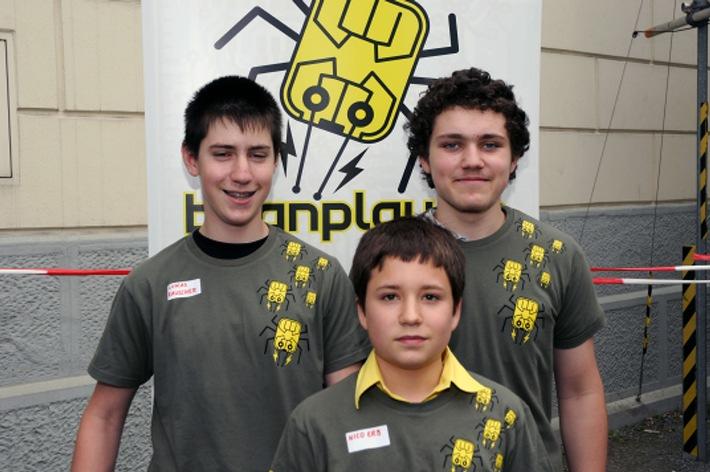Ausgezeichnete Videos, Roboter und Games von Kindern und Jugendlichen  Migros-Kulturprozent: Preisverleihung Jugendwettbewerbs bugnplay.ch 2010