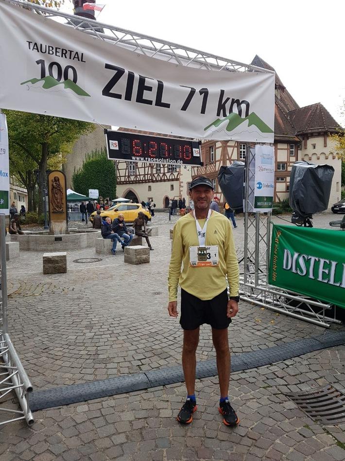 Polizeihauptkommissar Hilmar Freundschig vom Polizeirevier Tauberbischofsheim nach seinem Erfolg beim Ultra Lauf Taubertal 100