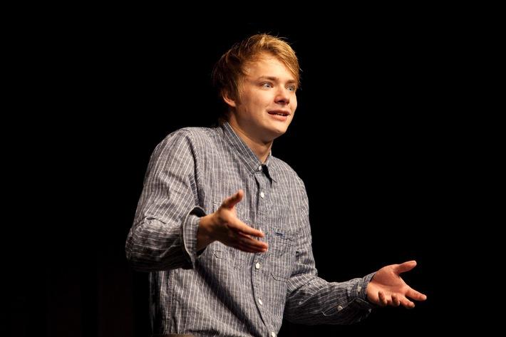 Concorso di recitazione 2011: il Percento culturale Migros conferisce per la seconda volta un premio d'incoraggiamento   Premi per i talenti straordinari nel mondo della recitazione