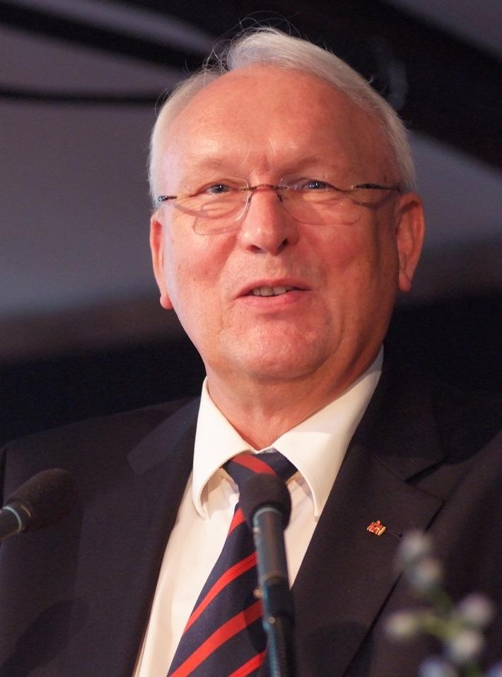 """Dr. Klaus Wilkens feiert 70. Geburtstag / """"Ehrenamtliches Engagement braucht mehr Akzeptanz und Unterstützung."""""""