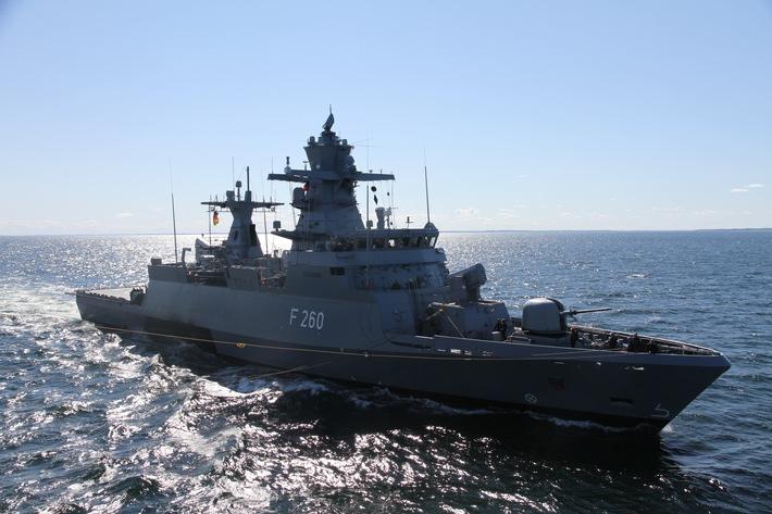 """Korvette """"Braunschweig"""" läuft zum UNIFIL-Einsatz aus -  Einsatzdauer: circa 1 Jahr"""