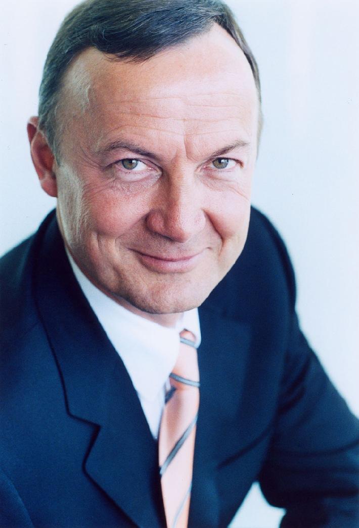Changement à la tête de sunrise: Hans Peter Baumgartner, nouveau CEO de sunrise, remplace Kim Frimer