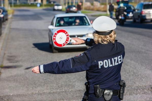 POL-REK: Pkw-Fahrer wiederholt mit entwendeten Kennzeichen unterwegs - Bergheim