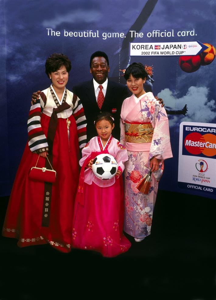Anpfiff für die Sponsoring-Aktivitäten von MasterCard im Rahmen der Fussball-WM 2002