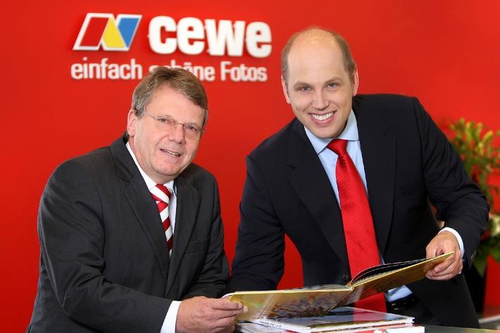 Finalplatz für CEWE COLOR beim Marken-Award 2010 (mit Bild) / Das CEWE FOTOBUCH gehört mit zu den Besten Neuen Marken