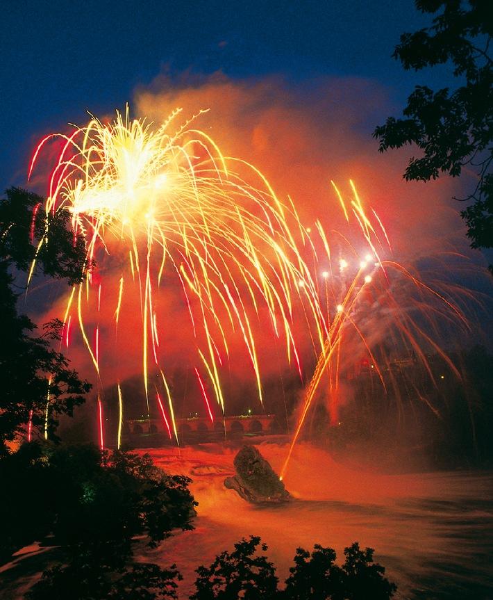 22. August 2009: Riesiges Gratis-Feuerwerk am Rheinfall