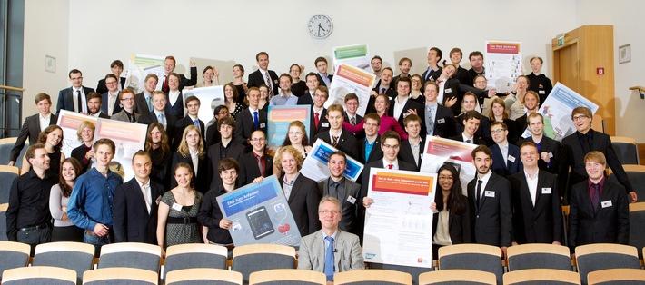 HPI-Bachelorpodium: Studenten präsentieren 14 innovative IT-Projekte