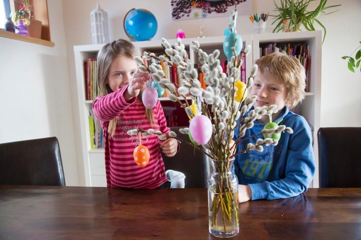 Ach du dickes Ei: Osterfest mit Tücken / Der Osterbesuch bei Verwandten und Freunden kann teuer werden, wenn die eigenen Kinder Schäden anrichten / Die DVAG-Experten klären auf in Sachen Haftpflicht
