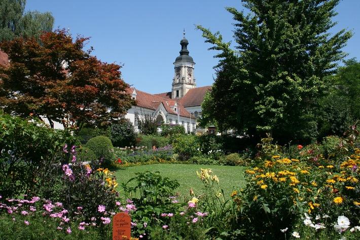 Entspannung und Entschleunigung in Klostergärten