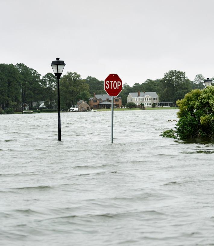 Risiko Unwetter -wer zahlt bei Hochwasserschäden?