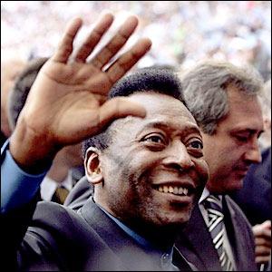 Media Service: Le roi Pelé successeur possible d'Adolf Ogi à l'ONU?