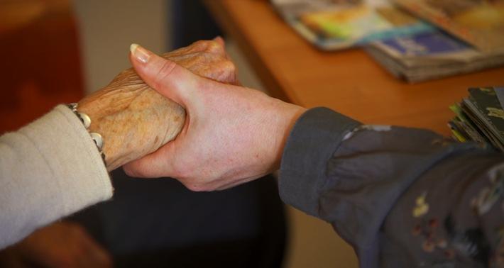 Demenz-Treffpunkt in den Sozialen Medien stösst auf enormes Interesse / «Demenz Zürich - Betroffene für Betroffene»