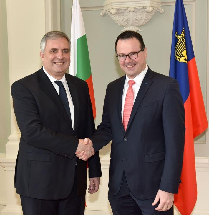 ikr: Bulgarischer Vize-Ministerpräsident Kalfin besucht Liechtenstein