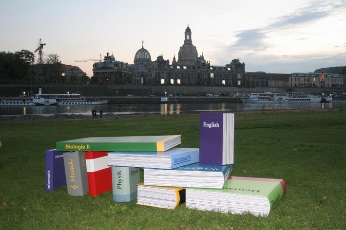 INSM-Bildungsgipfel der Praxis in Dresden / Schule muss anders gelebt werden! / Namhafte Bildungsexperten stellen sieben Forderungen an die Politik