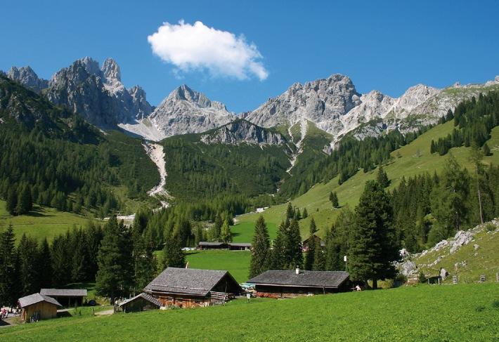 """Die """"Schönste Alpenwanderung"""" und die """"Liabsten Hütten"""" in Österreichs Wanderdörfern"""