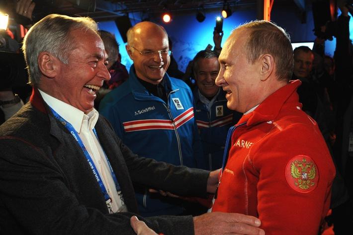 Ischgl Night im Austria Tirol House mit Präsident Putin und Gold-Feier von Mayer - BILD/VIDEO