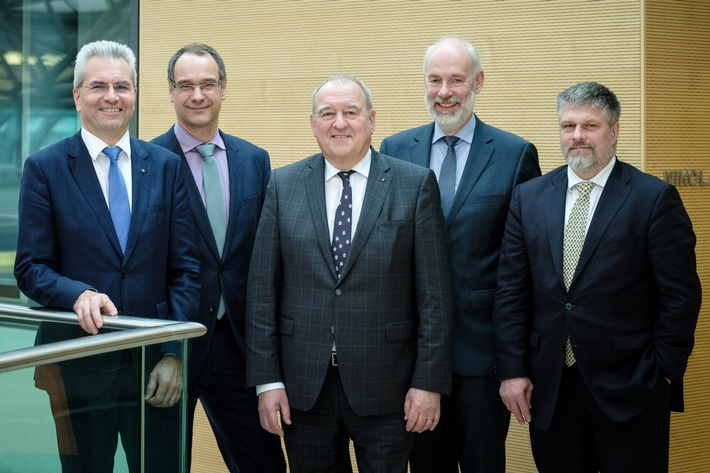 Fritz Becker bleibt Vorsitzender des Deutschen Apothekerverbandes