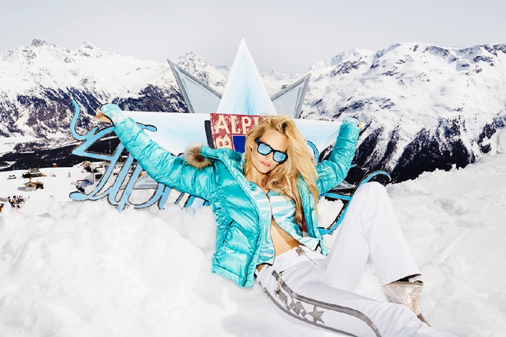JetSet St. Moritz zeigt sexy Skimode (BILD)