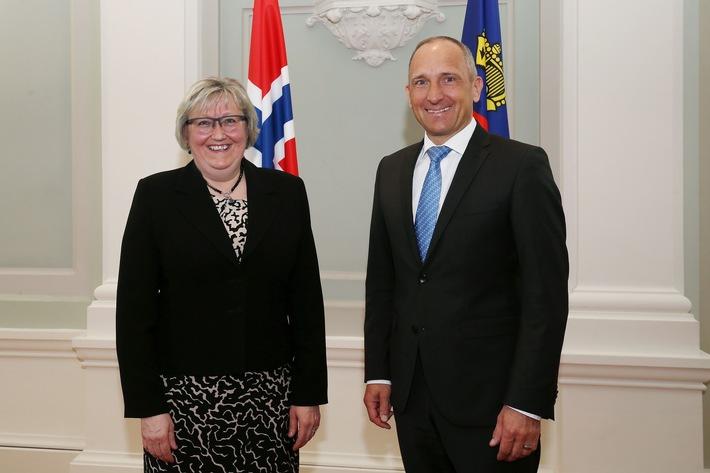 ikr: Norwegische Europaministerin zu Besuch in Vaduz