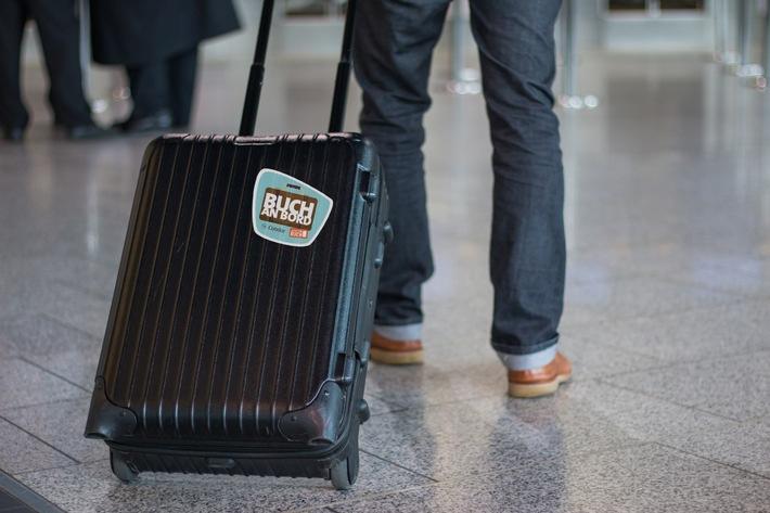 """Gratis-Freigepäck für die Strandlektüre: """"Buch an Bord"""" startet auch im Sommer 2017 / JETZT EIN BUCH! und der Ferienflieger Condor beschenken Ferienreisende"""