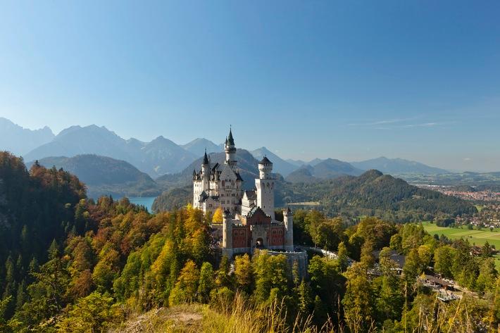 Deutschland 2017 beliebtestes Reiseziel / Nur bei Reisenden aus Bayern liegt Italien vorn / Urlaub in Spanien in allen Bundesländern gefragt