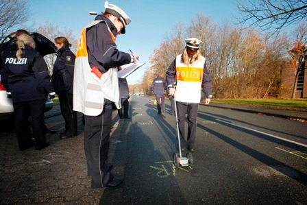 POL-REK: Schwerverletzt nach Auffahrunfall/ Pulheim